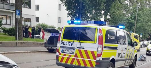 Mann med kniv skutt i benet av politiet på Solli plass