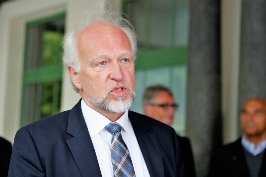 Tillitsvalgte ved Oslo universitetssykehus varsler mistillit mot administrerende direktør Bjørn Erikstein (bildet) bare to dager før skjebnen til oslosykehusene blir avgjort av styret i Helse SørØst. Foto: Torstein Bøe / NTB scanpix