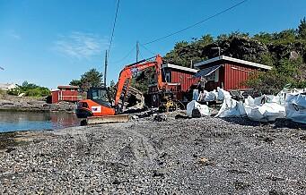 Storaksjon mot ulovlig bygging i Oslos strandsone. Her rives en ulovlig hytte på Rambergøya