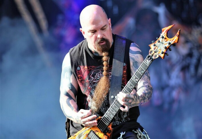 Kerry King spiller rask gitar i det amerikanske Trash-metalbandet Slayer.