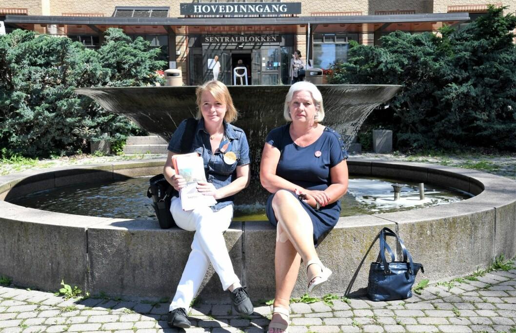 Lene Haug (t.v) og Anne-Lise Juul tapte kampen for å bevare Ullevål sykeuhus. Likevel ser de på den siste ukens hendelser som en delvis seier. Foto: Christian Boger