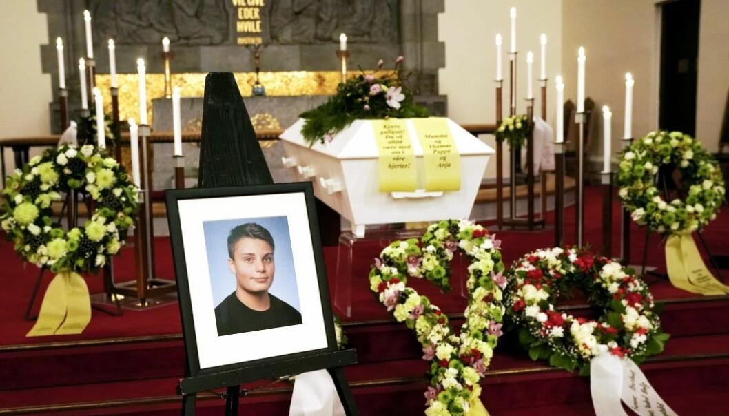 15 år gamle Even Warsla Meen mistet livet i tunnelulykken på Filipstad i Oslo 24. februar. Han ble bisatt i Frogner kirke.