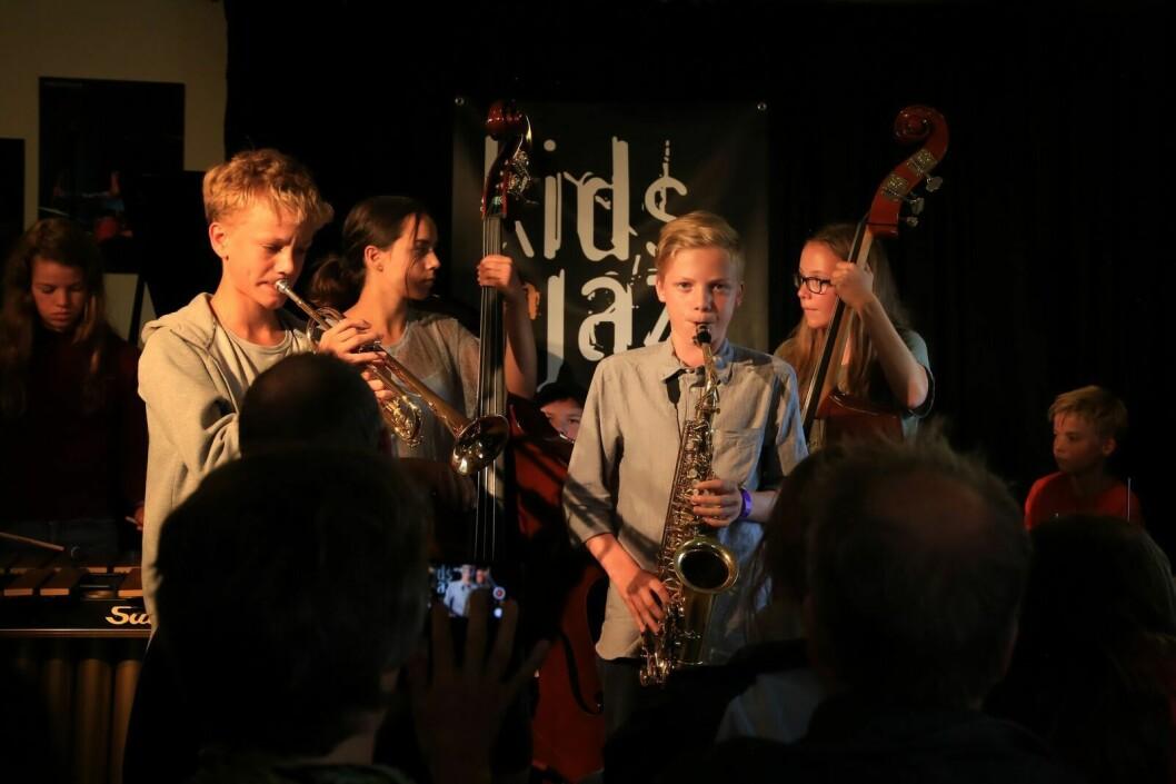 På Kids in Jazz-festivalen spiller unge jazztalenter i alderen 6-15 år på høyt nivå flere steder i byen. Foto: Kids in Jazz