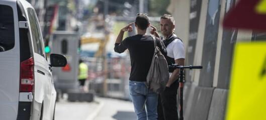 Mann på sparkesykkel tatt etter tur i Operatunnelen