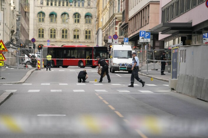 Politiet har rykket ut til melding om at det er avfyrt skudd i Oslo sentrum. En mann er skadd. Foto: Fredrik Hagen / NTB scanpix