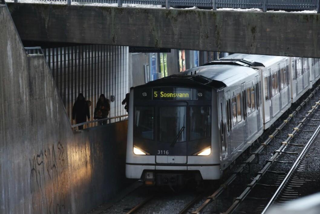 T banen ved Ullevål stadion stasjon. Foto: Terje Bendiksby / NTB scanpix