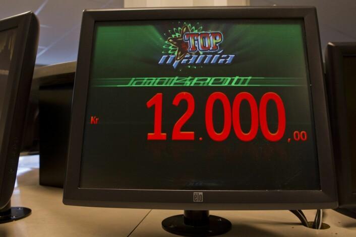 Jackpot er alle lidenskapelige bingospillere drøm. Nå vil bingodrivere i Oslo også at folk skal kunne spille på deres bing hjemmefra, via nettet. Foto: Berit Roald / NTB scanpix