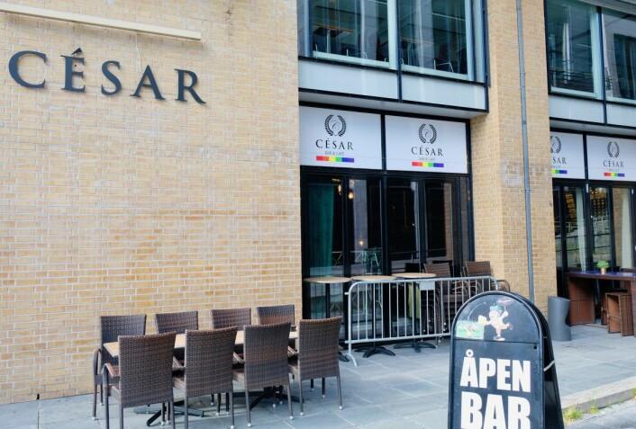 César bar & café er et skeivt og trivelig utested i nærheten av Rosenkrantz gate. Foto: Emilie Pascale