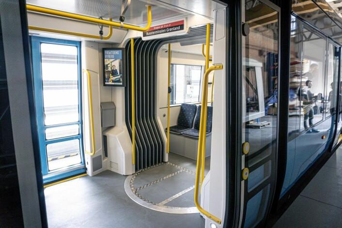 Oslos nye trikker er 34,16 meter lange, 2,65 meter brede og vil få seks dører, mot dagens fire. Foto: Ina Helen Østby / Sporveien / NTB scanpix