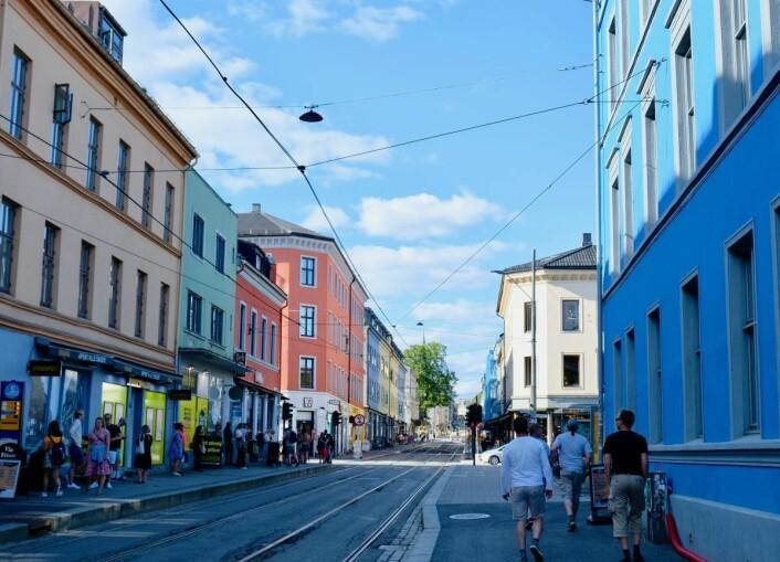 Grünerløkka har mange fargerike husfasader, noe Viks informanter fremhever som positivt. Her fra Thorvald Meyers gate. Foto: Emilie Pascale