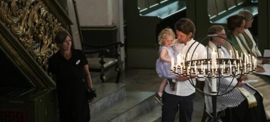 Tente lys for hvert eneste 22. juli-offer i Domkirken