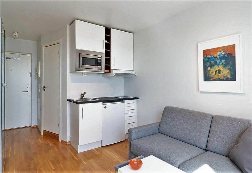 Denne 14 kvadratmeter store leiligheten i Nydal ble denne uken solgt for 2,25 millioner kroner. Det gir en kvadratmeterpris på 157.143 kroner. Foto: Mads Andersen