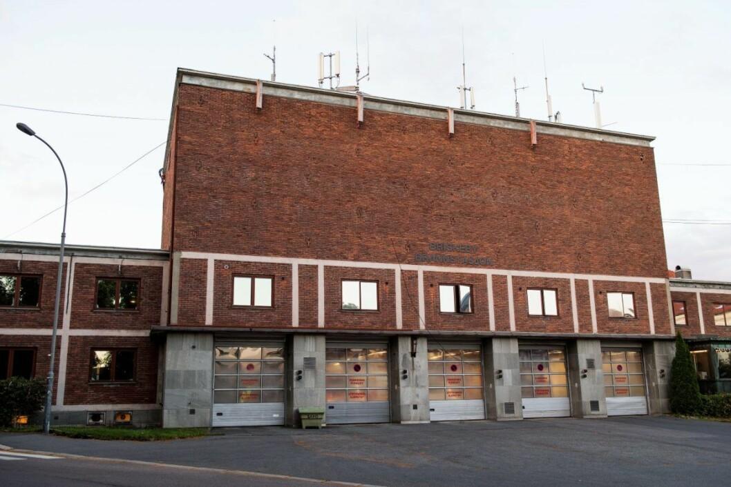 Briskeby brannstasjon skal totalrenoveres fra vinteren av. I den anledning kan det komme en midlertidig brannstasjon i Suhms gate. Dette er naboene svært lite glade for. Foto: Jon Olav Nesvold / NTB scanpix