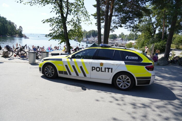 Politiet på plass ved Bygdøy sjøbad etter at en person ble funnet død i vannet. Foto: Fredrik Hagen / NTB scanpix