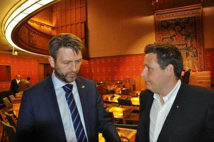 Høyres Eirik Lae Solberg er skeptisk til tallene i Oslo-målingen. � Ipsos-målingen spriker ganske mye i forhold til de andre målingene i juni, sier han. Til høyre KrFs Espen Andreas Hasle som med Ipsos-tallene ikke kommer inn i bystyret. Foto: Arnsten Linstad