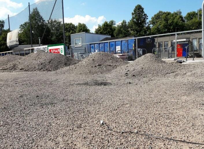 OBOS-arena Nordre Åsen er pr dags dato ikke klar for fotball verken på høyt eller lavt nivå. Foto: Anders Høilund