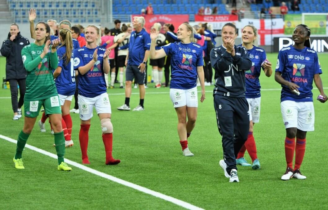 Vålerenga-jentene spilte en knallkamp og slo Manchster United 4-1 hjemme på Intility Arena onsdag kveld. Foto: Christian Boger