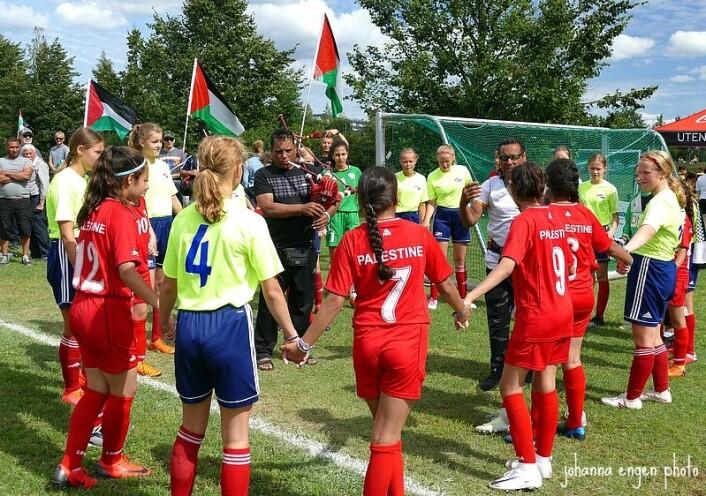 De palestinske fotballjentene gjør det svært bra i Norway cup. Foto: Johanna Engen