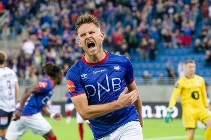 En strålende glad Matthias Vilhjalmsson kunne brøle ut sitt islandske gledeshyl. Foto: Audun Braastad / NTB scanpix