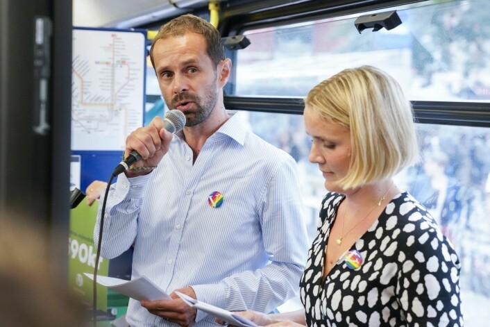Hallstein Bjercke (t.v) er Venstre toppkandidat i Oslo. Her sammen med partifelle Marit Vea. Foto: Fredrik Hagen / NTB scanpix