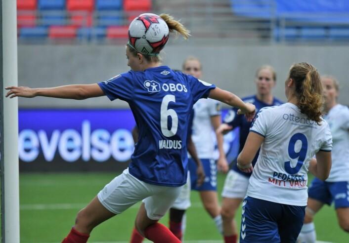 Maruschka Waldus skåret ikke bare ett mål. Hun var også farlig frampå flere ganger i løpet av kampen. Foto: Christian Boger