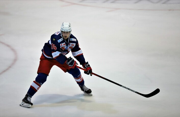 Magnus Brekke Henriksen viste gode takter i sin debut for VIF. Foto: André Kjernsli