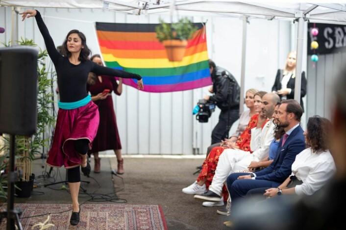 En slik dans i offentligheten kan bety mange år i fengsel i Iran, fortalte Thee Yezen Al-Obaide. Foto: Olav Helland