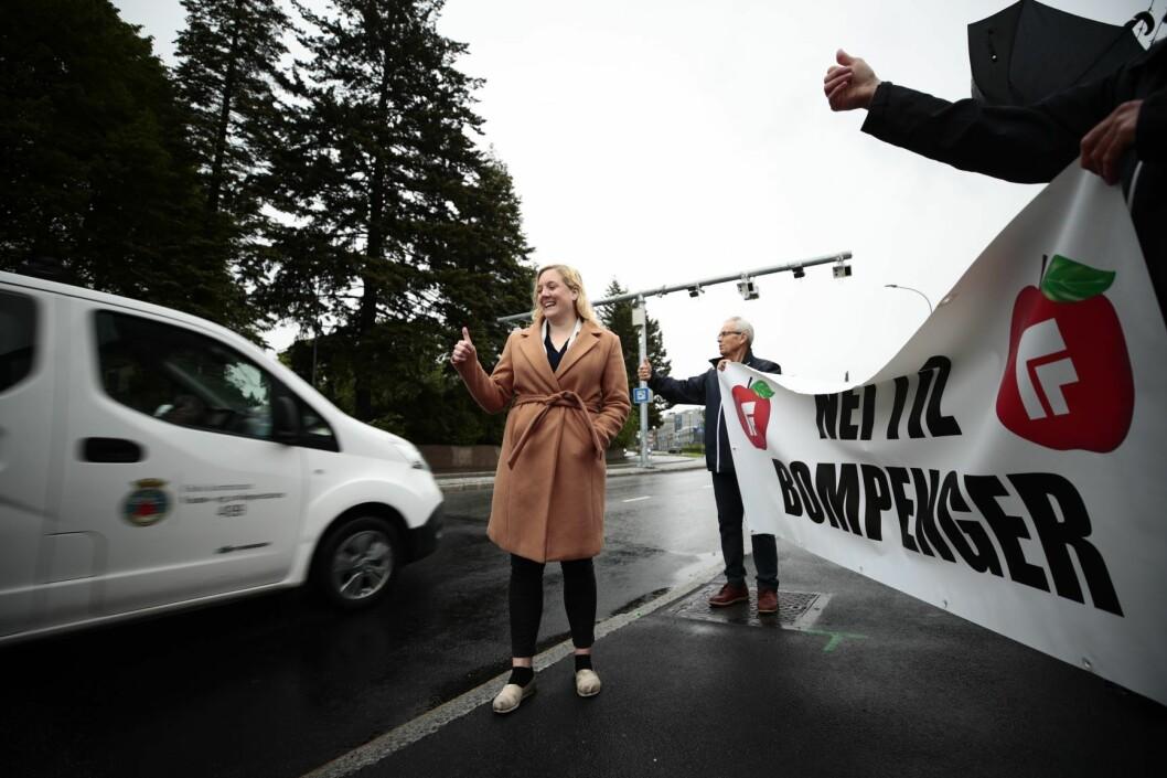 – KrF og Venstre går nå over til rød side. De får lov til å gjøre det, mener førstekandidat Aina Stenersen i Oslo Frp. Foto: Lise Åserud / NTB scanpix