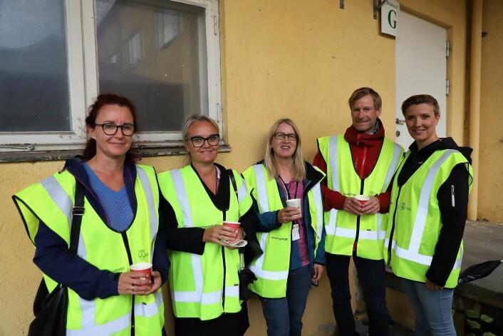 Disse fem jobber til daglig på legevakta i Storgata og tok turen for å se hvor de skal jobbe fra 2023. Foto: André Kjernsli