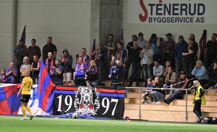 Både spillere og fans følte seg snytt for et straffespark i andre omgang. Foto: Christian Boger