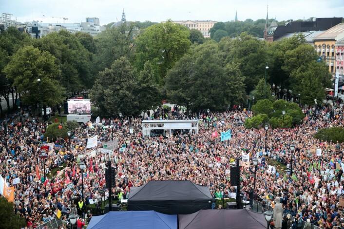 Flere tusen personer er ventet for å delta i klimabrølet på Eidsvolds plass foran Stortinget i Oslo fredag. Foto: Håkon Mosvold Larsen / NTB scanpix