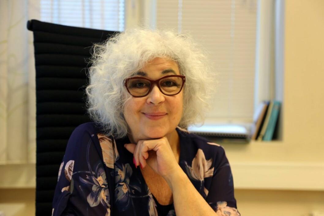 Teatersjefen i Teater Manu, Mira Zuckermann (67), ønsker seg et utvidet tegnspråklig kulturtilbud. Foto: Privat
