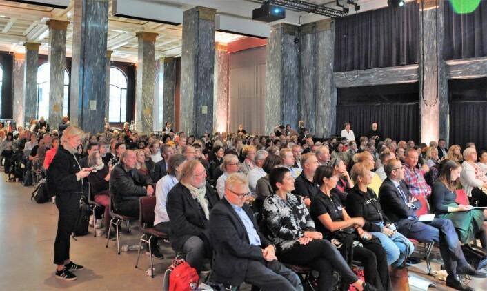 Stappfullt i marmorsalen da Frelsesarmeens Jobben gikk til topps i honning-NM. Foto: Arnsten Linstad