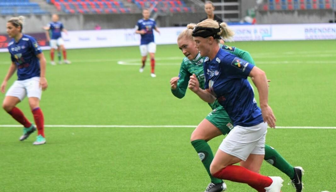 Danske Rikke Marie Madsen signerte onsdag en kontraktsforlengelse som binder henne til Vålerenga ut 2021-sesongen.