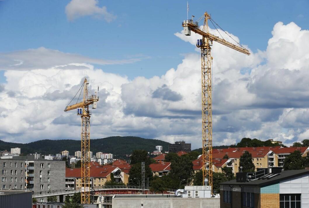 Boliger under oppføring på Hasle i 2016. Artikkelforfatteren og Rødt vil ha ikke-kommersiell utbygging av nye boliger i Oslo. Foto: Lise Åserud / NTB scanpix