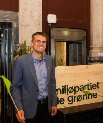 Einar Wilhelmsen er leder av MDG i Oslo. Fra i dag vil forhandle med SV og AP om den felles politikken fremover. Foto: Erik Holland Haukebø