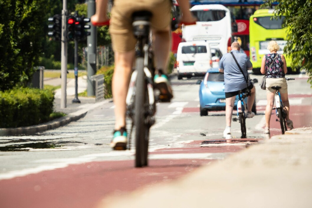 Arbeidet med å utvide sykkel- og bussfeltet i Dronning Eufemias gate i Oslo starter mandag. Foto: Audun Braastad / NTB scanpix