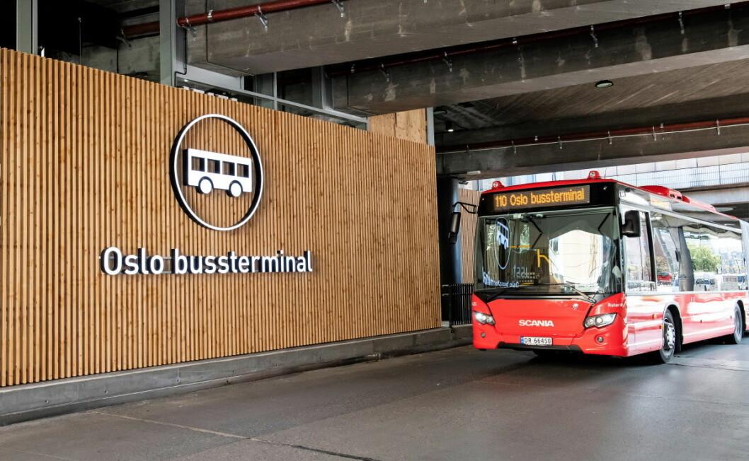 Torsdag formiddag åpnet Oslo bussterminal offisielt etter en lengre ombyggingsprosess. Foto: Katrine Lunke / Apeland