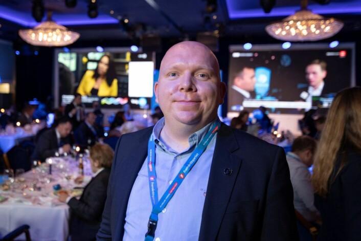 Lars Petter Solås er godt fornøyd med Frps fremgang i bydelsvalget. Her fra valgvaken. Foto: Olav Helland