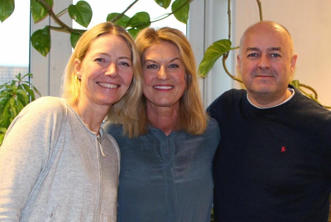 Fra venstre: Trine Dalen Mossin og Mette Smedstad fra Selvhjelp Norge, og Odd- Arne Eriksen fra Link Oslo. Foto: Selvhjelp Norge.