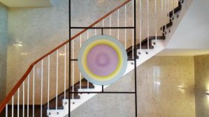 -- Det er fantastisk at kunstverkene i disse trappene har overlevd helt siden 1960, sier prosjektleder Sande.