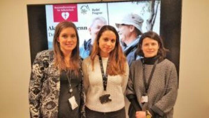 Bydel Frogners frivillighetskoordinator Elize Liljenkvist (t.v.), hukommelsesteamets Stine Grøndahl, og seniorveileder Mariyana Neloska på kurset på onsdag.