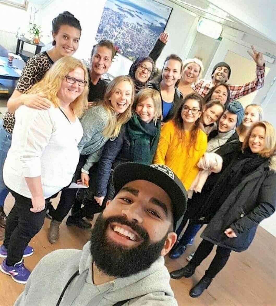 Bydel Frogner på besøk hos Ung Arena i Bydel Gamle Oslo, inkludert blant annet folk fra NAV Frogner, helsestasjonen og ungdomstjenesten. Foto: Ung Arena