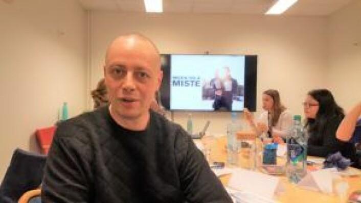 Kristian Dragland på kurset på onsdag. Han vurderer å bli aktivitetsvenn, og er allerede medlem av Tiedemandstuen frivillighetssentral.