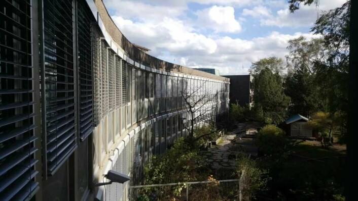 Arkitektkontoret til Frithjof Stoud Platou bygget også KS-huset i Vika og Drammensveien 60 er inspirert av KS-huset. Her fra Drammensveien 60.