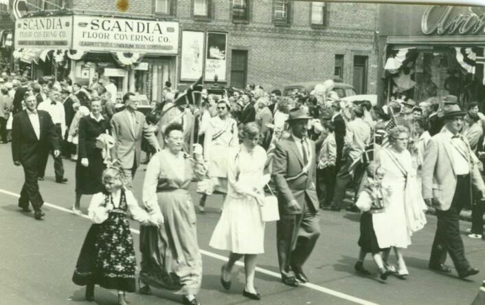 17.mai i Lapskaus Boulevard på 50-tallet.