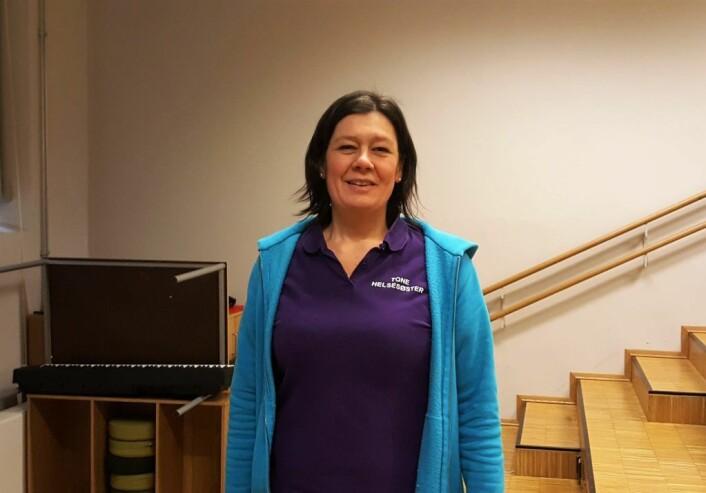 Helsesykepleier Tone Bjørnson Aanderaa i Bydel Frogner, her i rommet hvor 9.-klassingene på Majorstuen skole nettopp hadde fått undervisning i hvordan å forebygge seksuell trakassering og seksuelle overgrep.