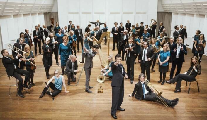 Kringkastingsorkesteret spiller med Eivind Holstmark Ringstad. Foto: KORK