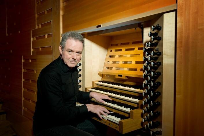 Nils Henrik Asheim skal fremføre sitt eget orkesterstykke, House of Sound, for aller første gang. Foto: Emile Ashley