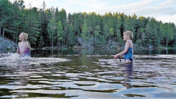 Bading i Nøklevann ved Rustadsaga. Foto: Bymiljøetaten